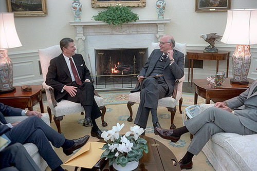 President Reagan Paul Volcker Meeting to discuss monetary policy with Paul Volcker in Oval Office